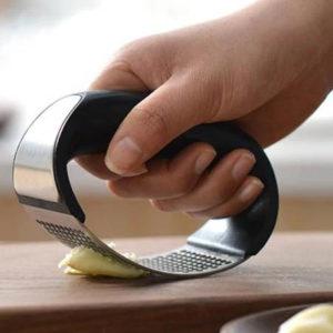 Чеснокодавилка для кухни