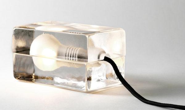 Светильник виде кубика