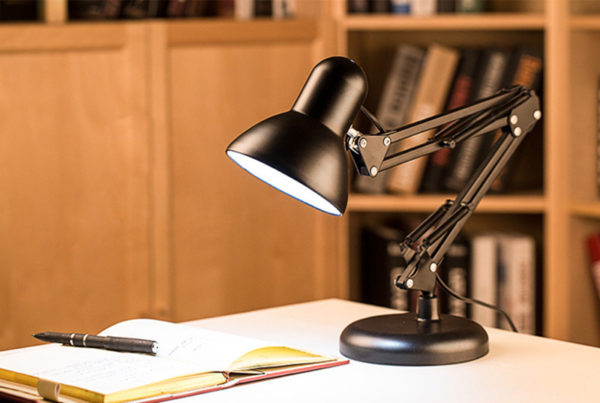 светильник для компьютера