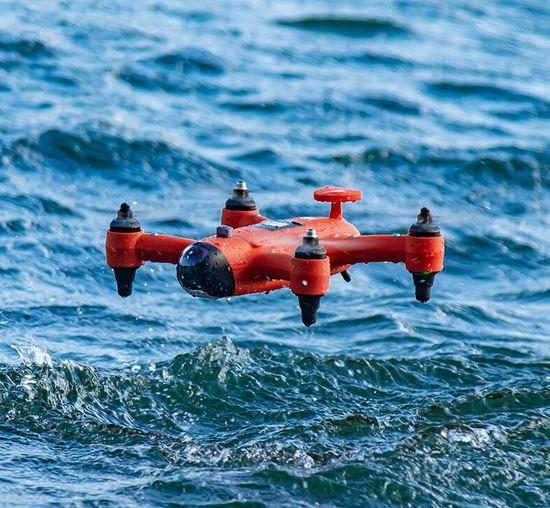 Водонепроницаемый подводный дрон Swellpro Spry