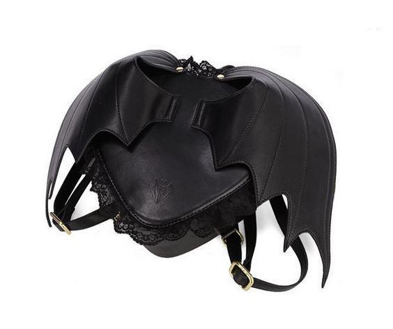 Рюкзак с крыльями летучей мыши от QEHIIE